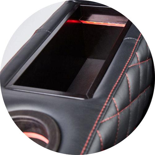 תא אחסון MOOVIA בצבע שחור תאורה אדומה